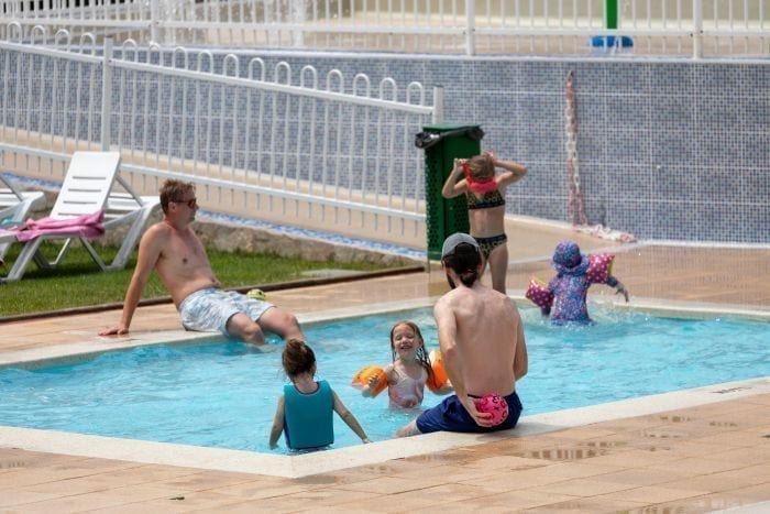 Children's pool - Kim's Camping with pool for children of all ages